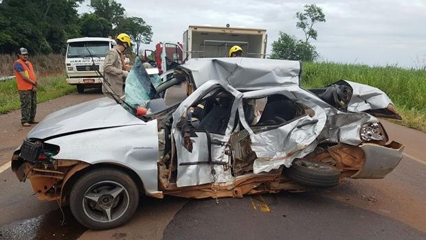 Cinco morrem após ultrapassagem malsucedida na BR-452, em Rio Verde