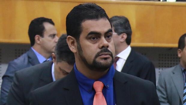 Vereador de Goiânia sofre princípio de infarto e é internado às pressas