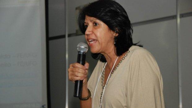 Morre a professora da UFG Dulce Barros de Almeida