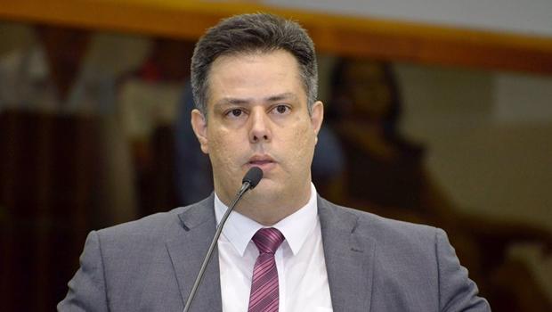 Vereador apresenta proposta que proíbe emendas sem relação com o projeto