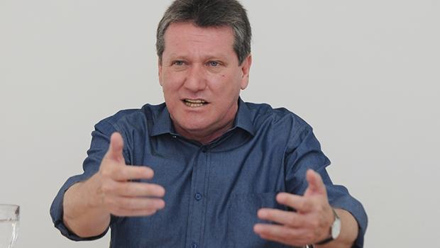 Deputado tucano diz que PSDB terá candidato e não aceitará vice de Temer em 2018
