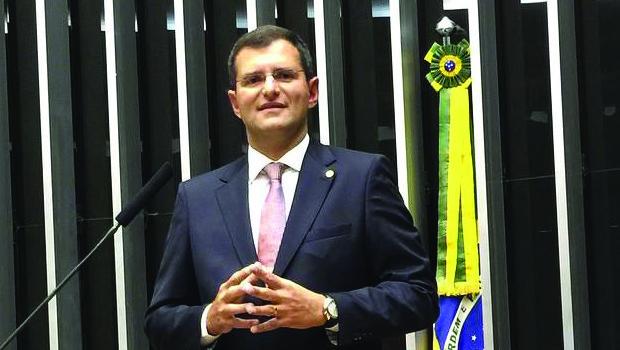 """""""O Goiás na Frente devolve àpopulação o imposto que ela paga"""", avalia deputado federal"""