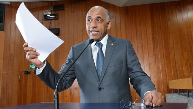 Vereador Rogério Cruz quer disputar presidência da Câmara