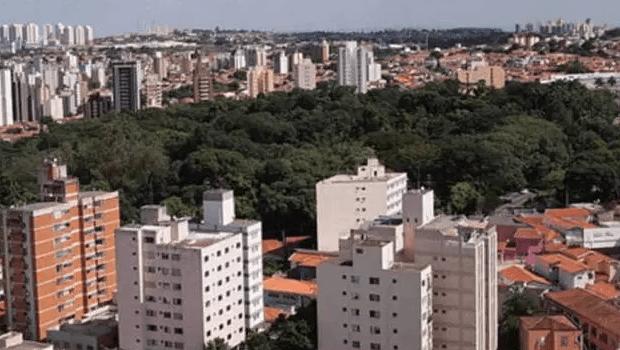 Queda de avião bimotor deixa dois mortos no interior paulista