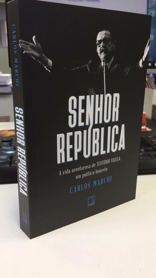 "Biografia resgata Teotônio Vilela, que abandonou a ditadura quando ainda era ""bom"" defendê-la"