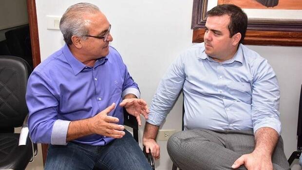 Jânio Darrot e Gustavo Mendanha trocam experiências políticas e, sobretudo, administrativas