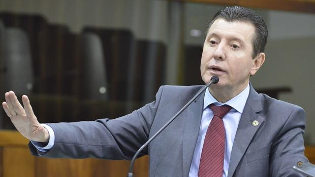 Deputado diz que PMDB só apoiará Daniel Vilela se ele limpar seu nome na Lava Jato