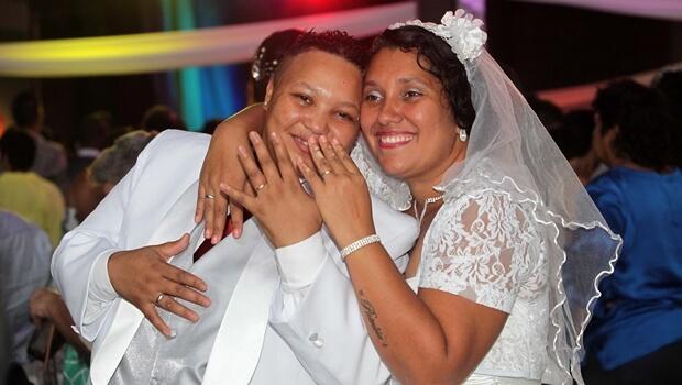 CCJ do Senado aprova legalização do casamento gay no Brasil