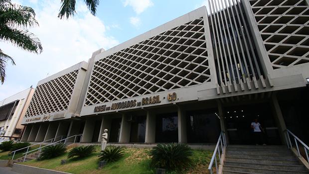 Jovens advogados aderem à cultura compartilhada em escritórios da OAB