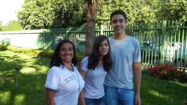 Aluna cega da rede pública de Goiás fica em 2º lugar em concurso nacional
