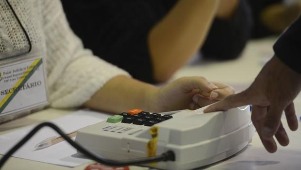 Câmara aprova voto impresso já para a eleição de 2018
