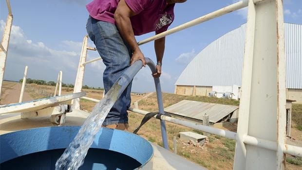 Seca afeta abastecimento de bairros de Goiânia e região metropolitana