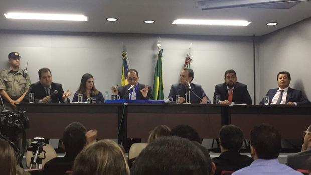 Agenor Mariano e Kajuru se estranham em comissão de investigação