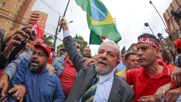 """Deputado do PT aposta em """"onda vermelha"""" para 2018"""