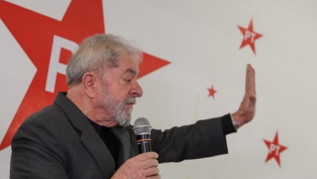 MPF pede à Justiça absolvição de Lula e anulação de delação de Delcídio