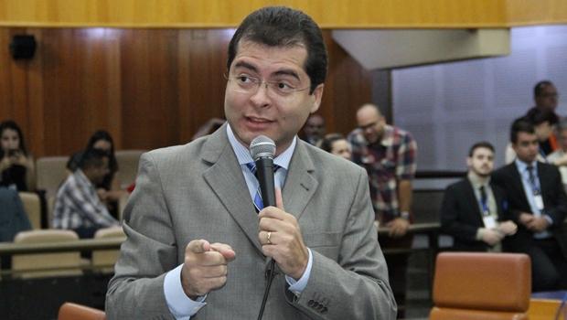 Conselho de Ética da Câmara dá prosseguimento à denúncia contra Oséias Varão