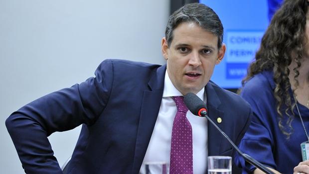 """""""É preciso manter mobilização"""", diz Thiago Peixoto sobre lei dos aplicativos"""