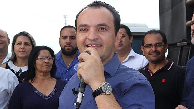Prefeito Pábio Mossoró entrega reforma do Cais