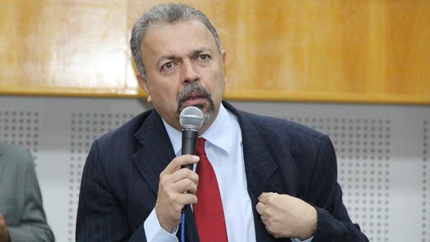 Vereador quer impedir na Justiça nomeação de novo presidente da Comurg