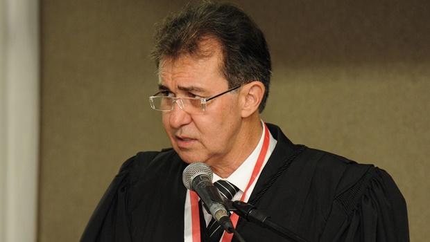 """""""Juiz deve estar à disposição e morando na cidade em que atua"""", diz desembargador"""