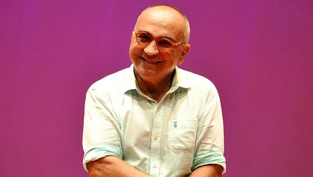 O diretor de teatro Marcos Fayad está de volta ao rádio
