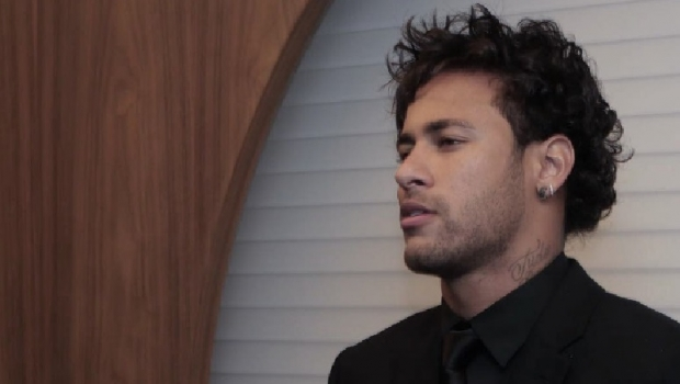 """O caráter dionisíaco de Neymar incomoda o modo meio """"depressivo"""" apoiado pela mídia"""