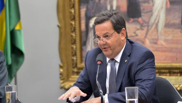 Deputado Sergio Zveiter, do PMDB, é escolhido relator de denúncia contra Temer