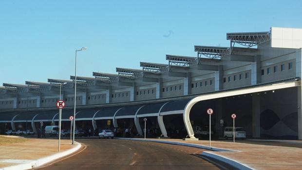Procon e MP fiscalizam cobrança de bagagem em aeroporto de Goiânia
