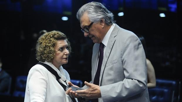 Lúcia Vânia está cada vez mais próxima de Ronaldo Caiado e mais distante da base governista