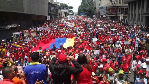 Potências mundiais divergem sobre protestos contra Nicolás Maduro na Venezuela
