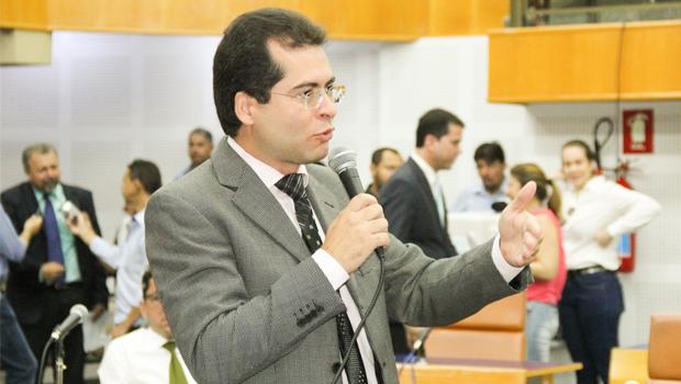 "Vereador vai ao MPF contra curso ""Golpe de 2016"" oferecido na UFG"