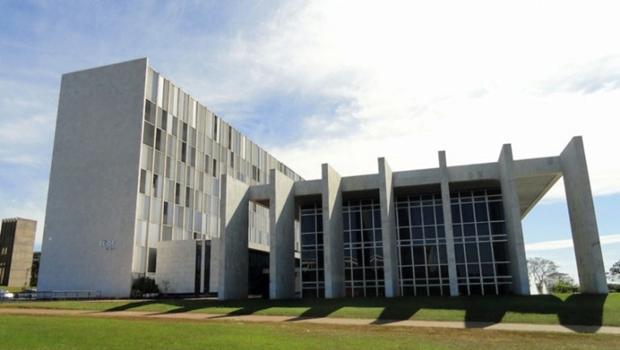 Tribunal de Contas do DF julga contas de Rollemberg no dia 3 de outubro