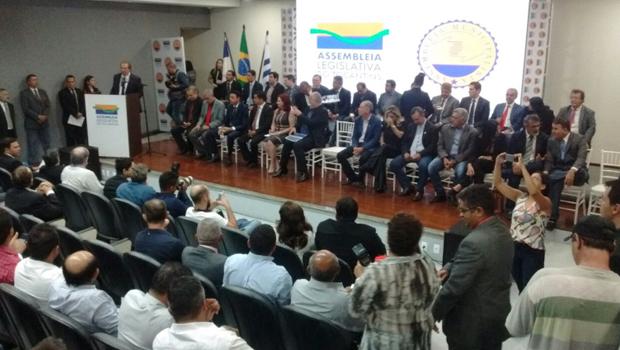 Deputados garantem R$ 130 milhões aos municípios