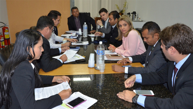 Câmara de Palmas define normas para edital de concurso