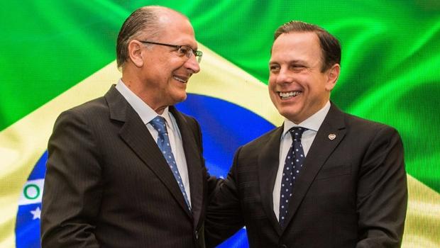 """Entre Doria e Alckmin, pesquisa mostra que internautas preferem o """"nenhum"""""""