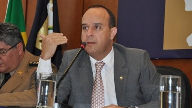 Juiz Átila Amaral é alvejado após tentativa de assalto em Goiânia