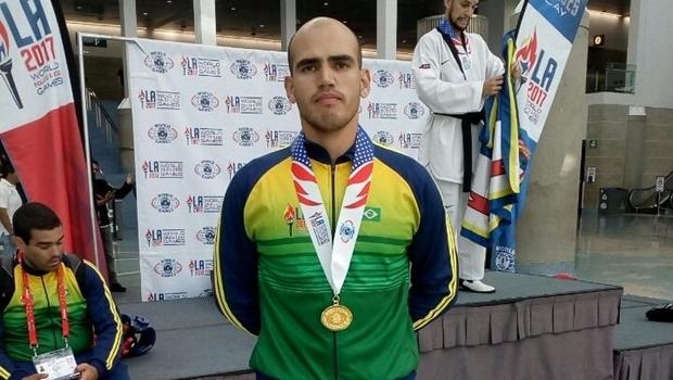 Goiano conquista bicampeonato de taekwondo nos Jogos Mundiais de Policiais