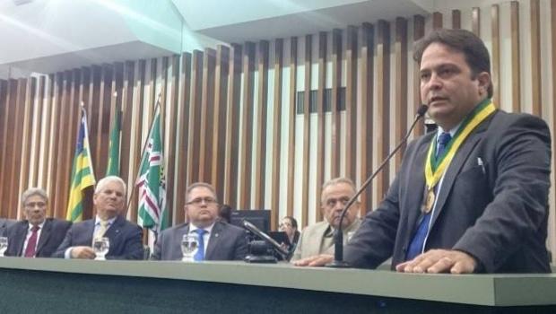 Em sessão especial pelos 110 anos de Anápolis, prefeito pede união da população