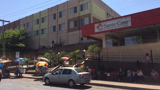 Santa Casa de Misericórdia de Goiânia deixa de atender serviços de obstetrícia