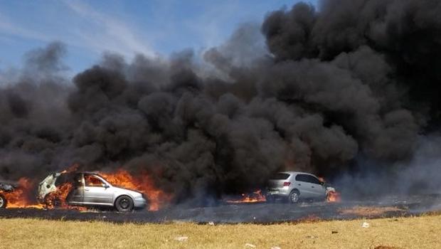 Vítimas de incêndio em estacionamento de festival de música eletrônica serão indenizadas