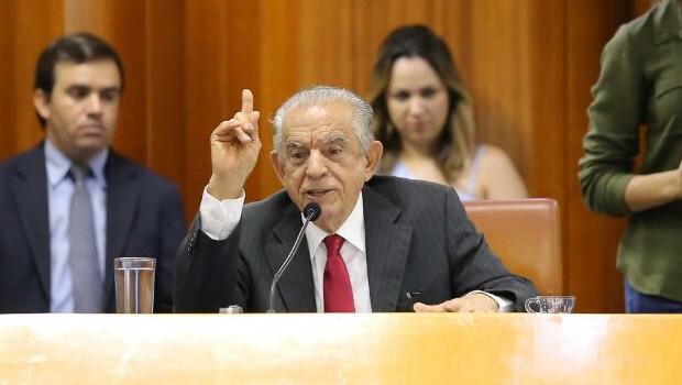 """Iris baixa decreto e se nega a cumprir lei que proíbe """"IPTU do puxadinho"""""""