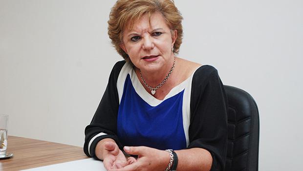 Lúcia Vânia avança  para confirmar candidatura à reeleição