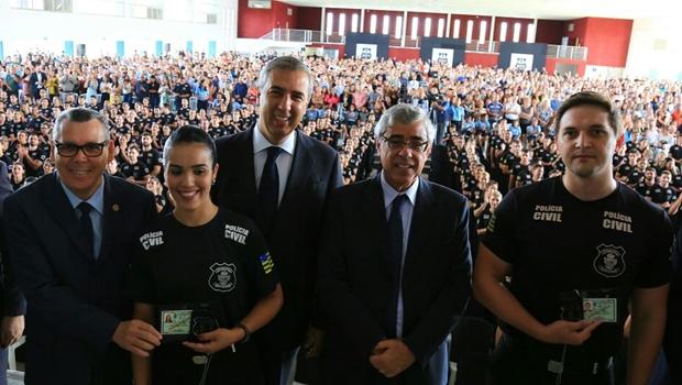 Governo autoriza concurso para Polícia Civil e anuncia novas delegacias especializadas