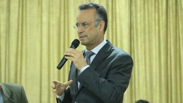 Deputado Bispo Renato é investigado por lavagem de dinheiro