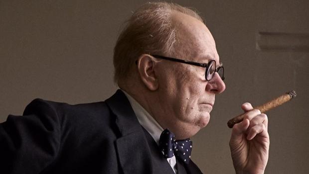 """12  livros fundamentais pra entender o filme """"Churchill"""" com o ator Gary Oldman"""