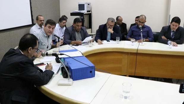Orçamento da Saúde de Goiânia só dá para pagar folha e fornecedores, reconhece diretor