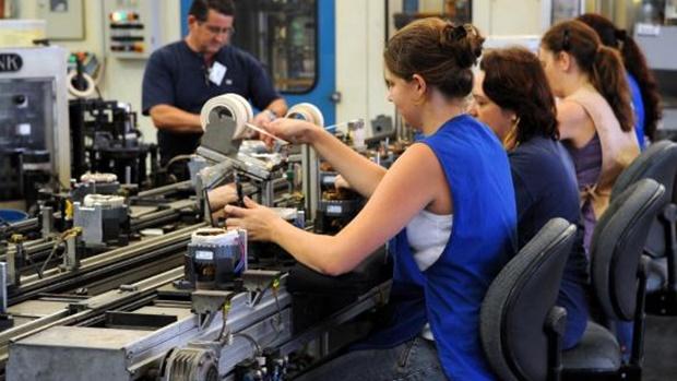 Mercado de trabalho goiano ainda sente a crise, mostra pesquisa da UFG