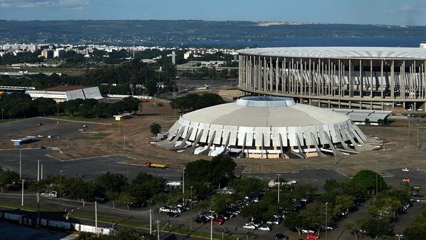 Grupo feminista e pró-Bolsonaro defende pena de morte e acumula milhares de seguidores