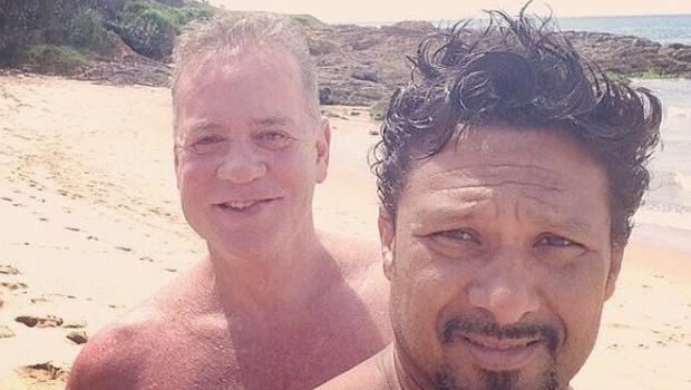 Luiz Fernando Guimarães posta foto com marido e gera polêmica nas redes sociais