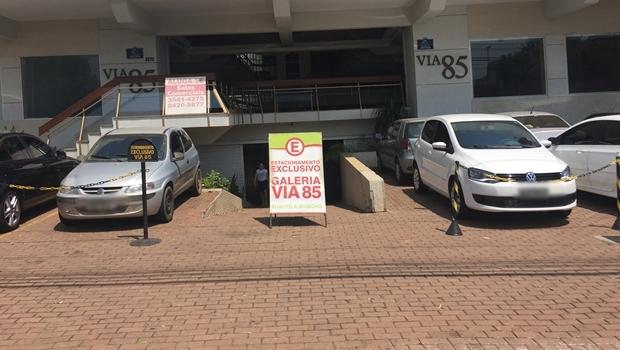 Prefeitura propõe acabar com exigência de vagas de estacionamento a pequenos comércios
